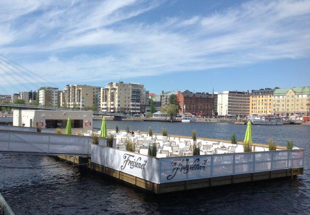 Kelluva terassi, Tampere.jpg