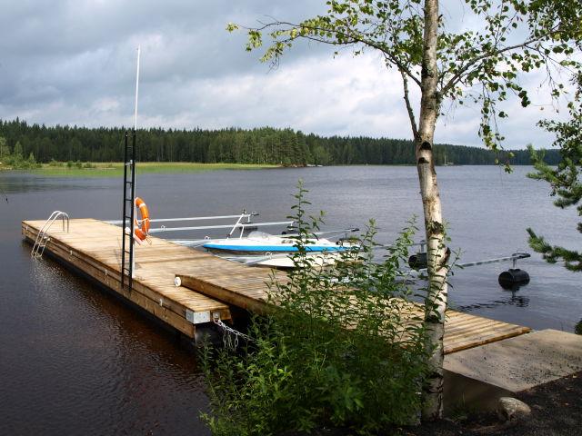 Harbour, Kiesilän Kievari, Suomenniemi.jpg