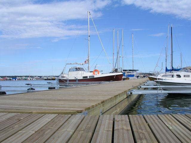 Harbour satamalaituri, Helsinki.jpg